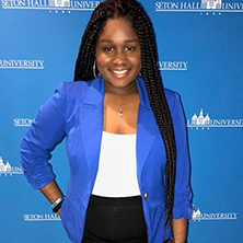 Senior, Nia Green, receives 2018 Normandy Academy Fellowship x222
