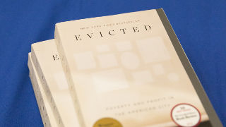 Image of Evicted: Poverty and Profit in the American City book.