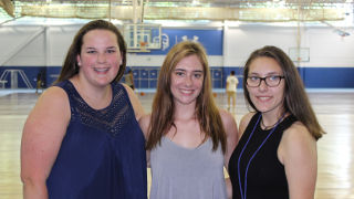 Photo of incoming freshman Jessica Grove (center) with two other incoming freshman girls beside her.