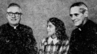 Huerta first visited Seton Hall in 1974. Here, she stands with Archbishop Peter Gerety (left) and Monsignor Thomas Fahy (right).