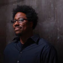 W. Kamau Bell speaks about modern society